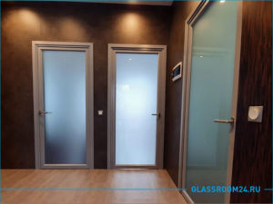 Стеклянные межкомнатные двери с матовым стеклом