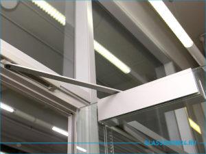 Доводчик стеклянной двери